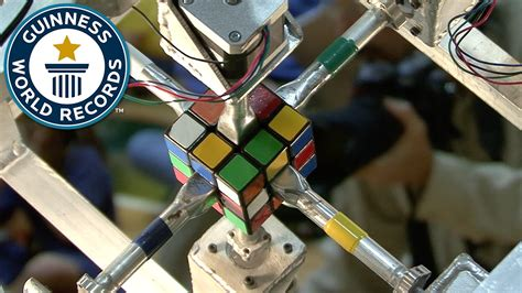 Fastest robot to solve a Rubik's Cube - Guinness World