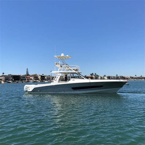 2018 Boston Whaler 420 Outrage Power Boat For Sale - www