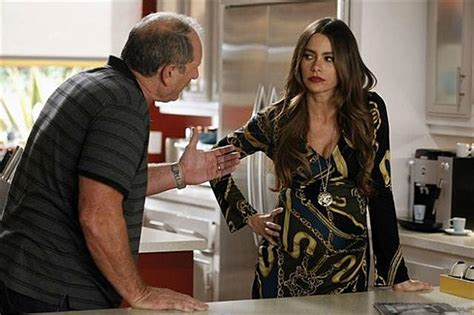 """'Modern Family' Review: """"Arrested"""""""