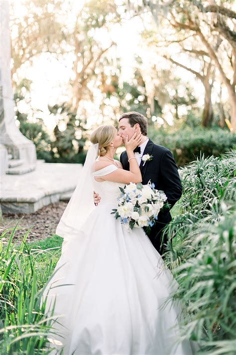 A Bok Tower Wedding with an Old Florida Classic Style