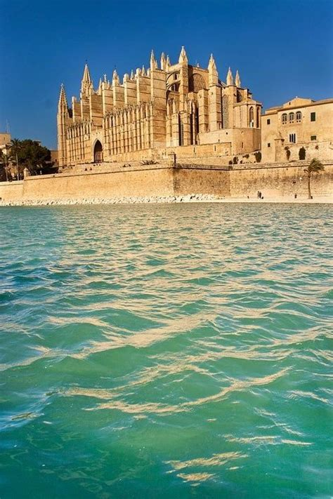 Best Travel Destinations To Visit – The WoW Style